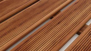 Ξύλινο πάτωμα deck, Πεύκο Εμποτισμένο καρφωτό