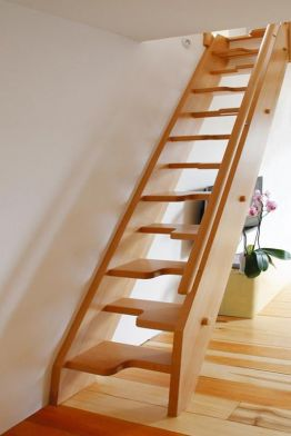Ξύλινη σκάλα σοφίτας ART 01039