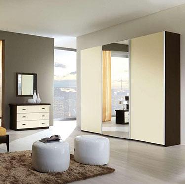 Τρίφυλλη συρόμενη ντουλάπα με καθρέπτη Lorena L145