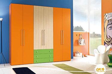 Εξάφυλλη ανοιγόμενη ντουλάπα παιδικού δωματίου OM 19 Post