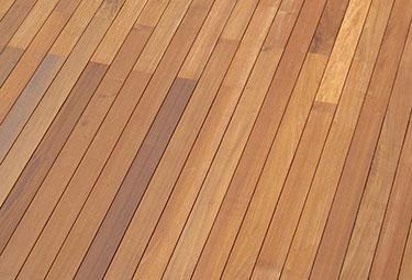 Deck IPE με κρυφό κούμπωμα
