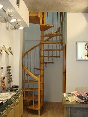 Ξύλινη σκάλα κυκλική HELIX