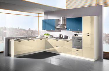Σύνθεση μοντέρνων επίπλων κουζίνας mod. KIRA 06