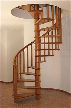 Ξύλινη σκάλα κυκλική 3