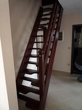 Ξύλινη σκάλα ART 01039