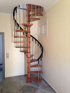 Ξύλινη σκάλα κυκλική PERSONAL