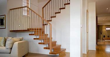 Ξύλινη επένδυση σκάλας ART 01033